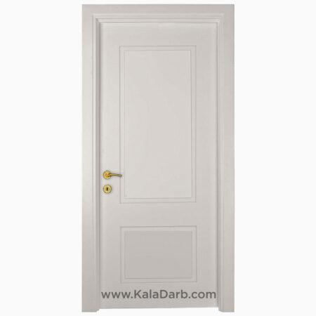 درب اتاقی سفید